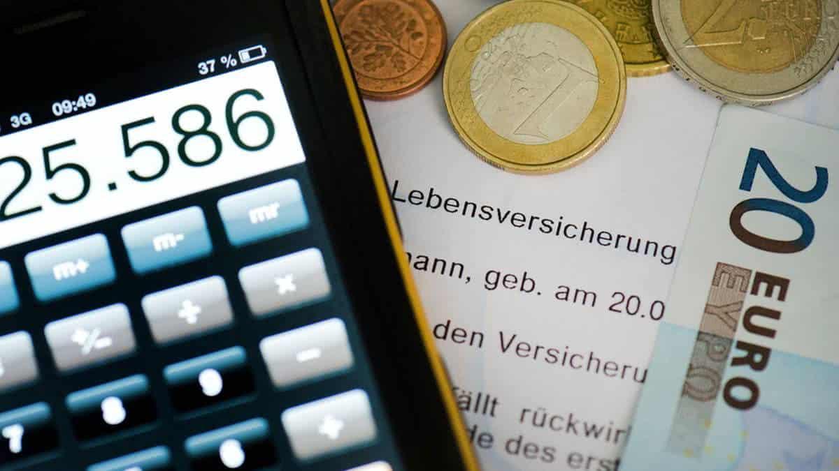 Automatisierte Geldanlage: Gute Theorie, schlechte Praxis?