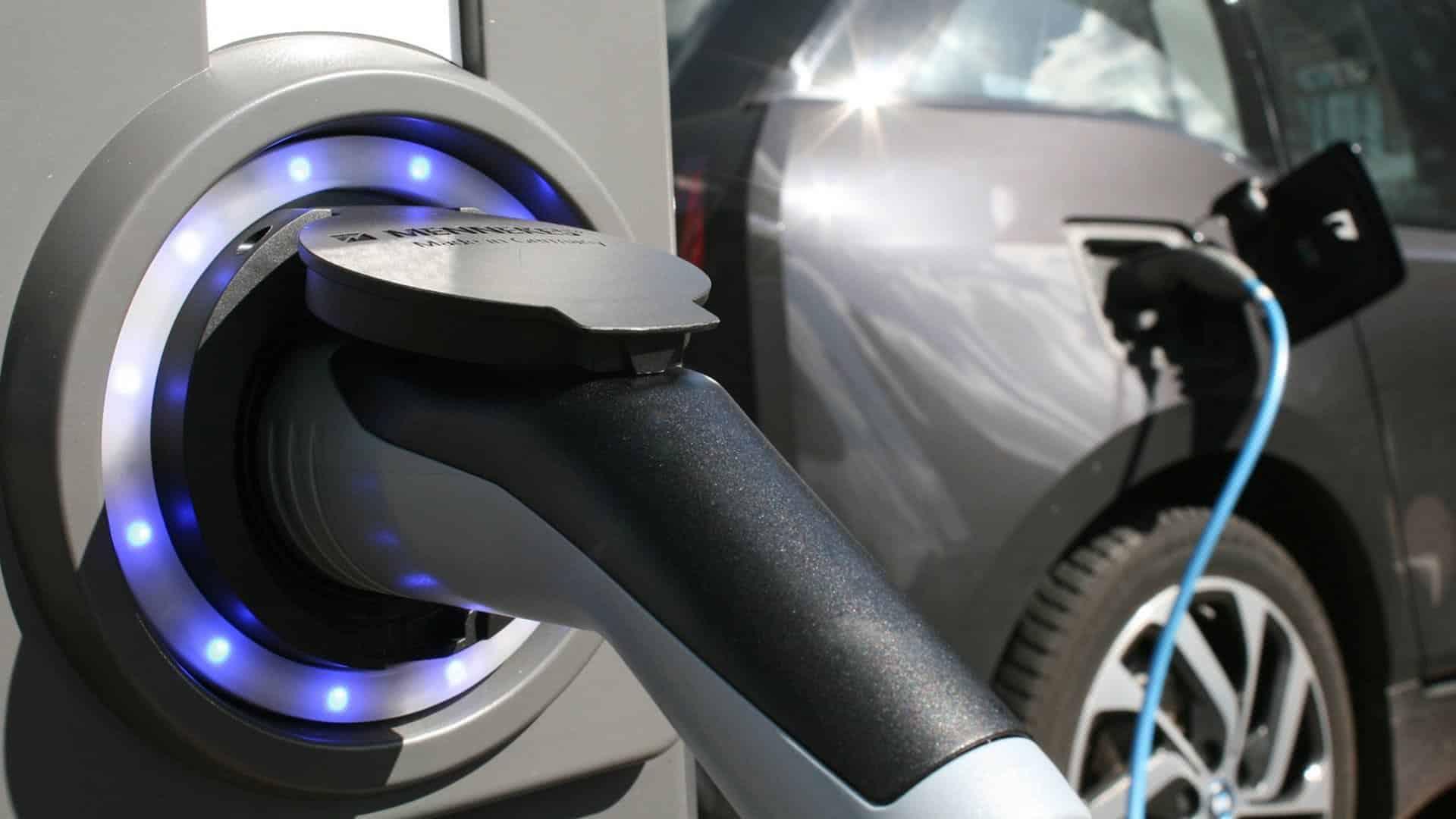 """Akkunutzung im Stromnetz – Das """"Jenseits"""" der E-Autos"""