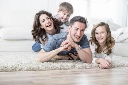 MoneyCheck l Haftpflichtversicherung für Familien