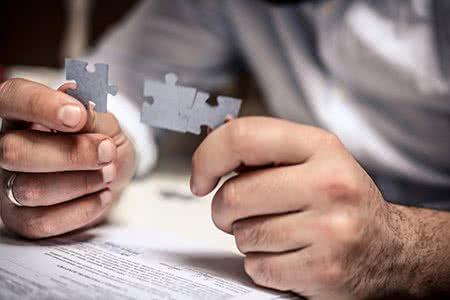 MoneyCheck | Kombiversicherung Hausrat, Haftpflicht und Rechtsschutz