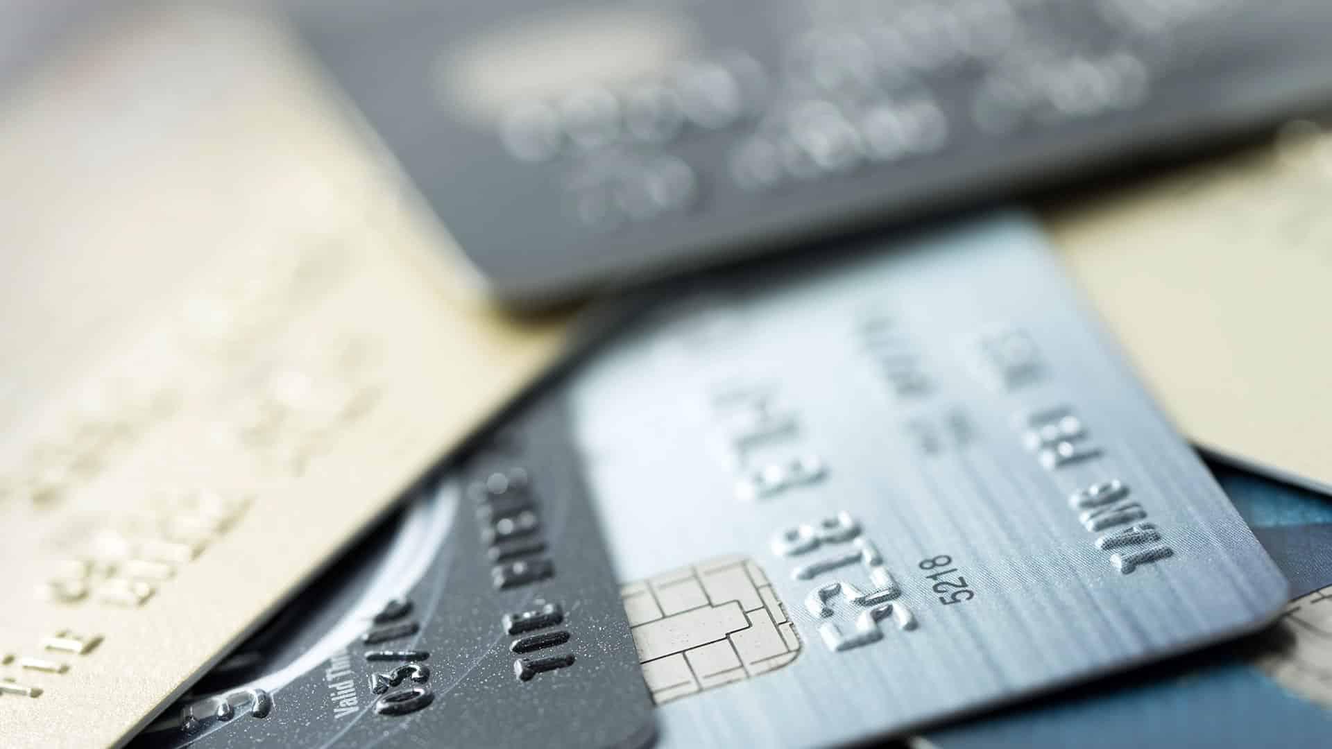 So zahlen Sie sicher mit der Kreditkarte