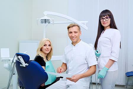 MoneyCheck | Die Zahnzusatzversicherung für Zahnersatz