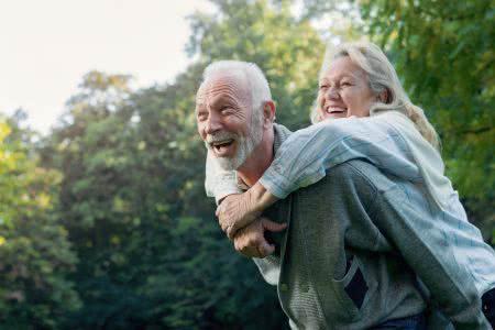 MoneyCheck | Zahnzusatzversicherung ab 60